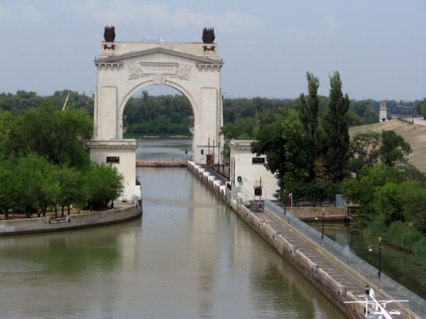 """Sightseeing car tour to the the Volga-Don canal (including architectural monument """"The Old Sarepta"""") from 5 000 RUB."""